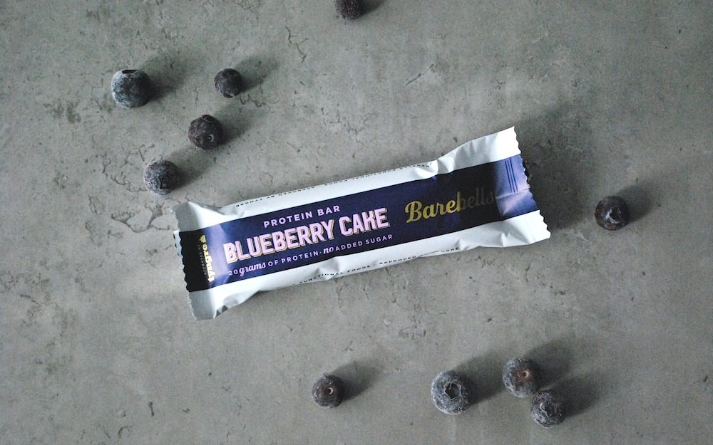 Recension Barebells Blureberry Cheesecake Proteinbar